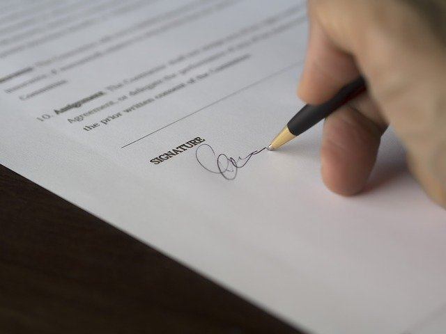 how does bankruptcy affect a cosigner