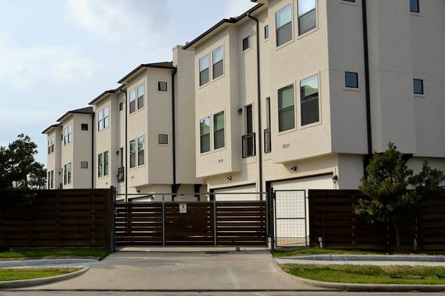 How Does Bankruptcy Affect the Rental Property