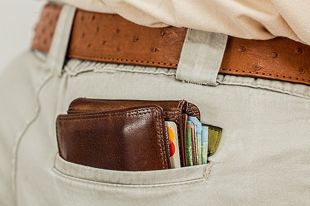 What Payment Type Can Help You Stick to A Budget?